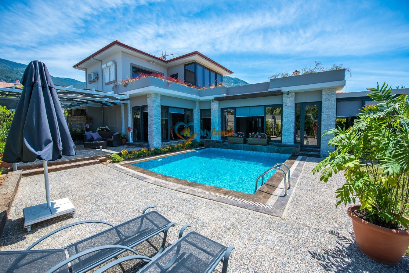 Luxury Cemre Villa
