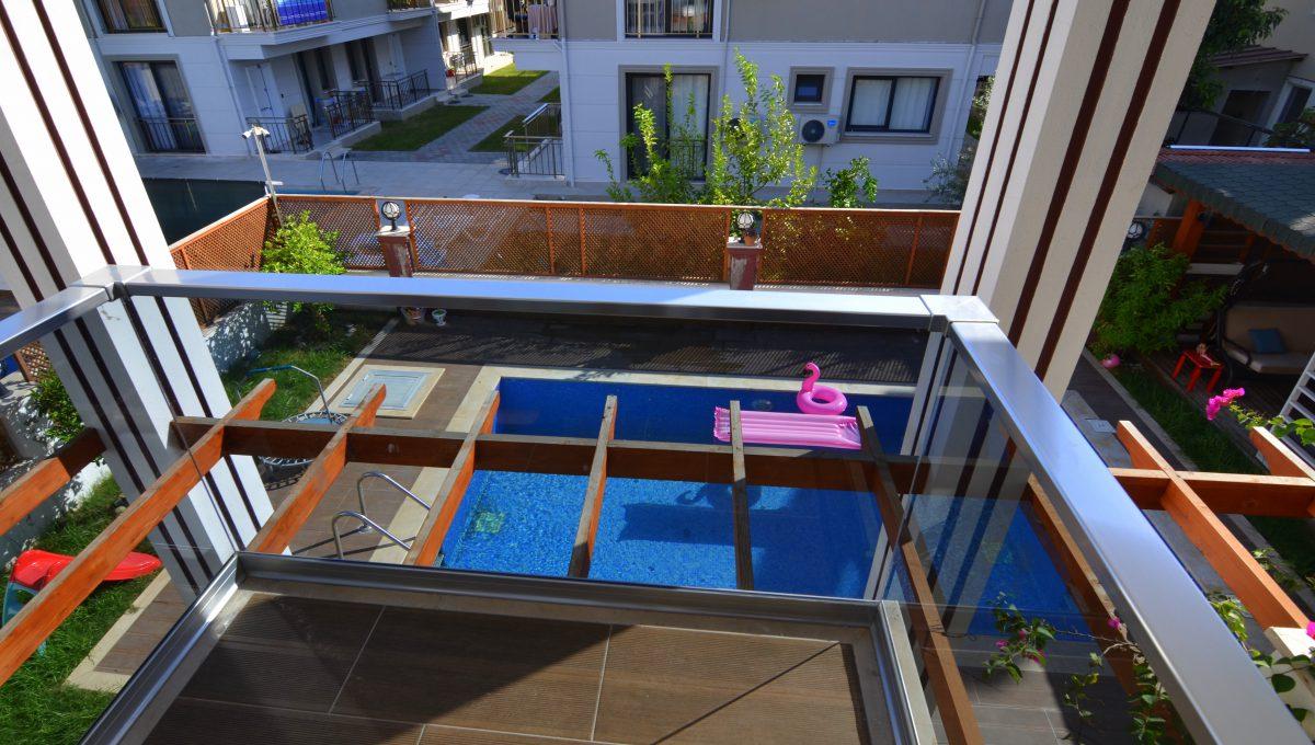 babataşında 5+1 müstakil havuzlu villa (62)