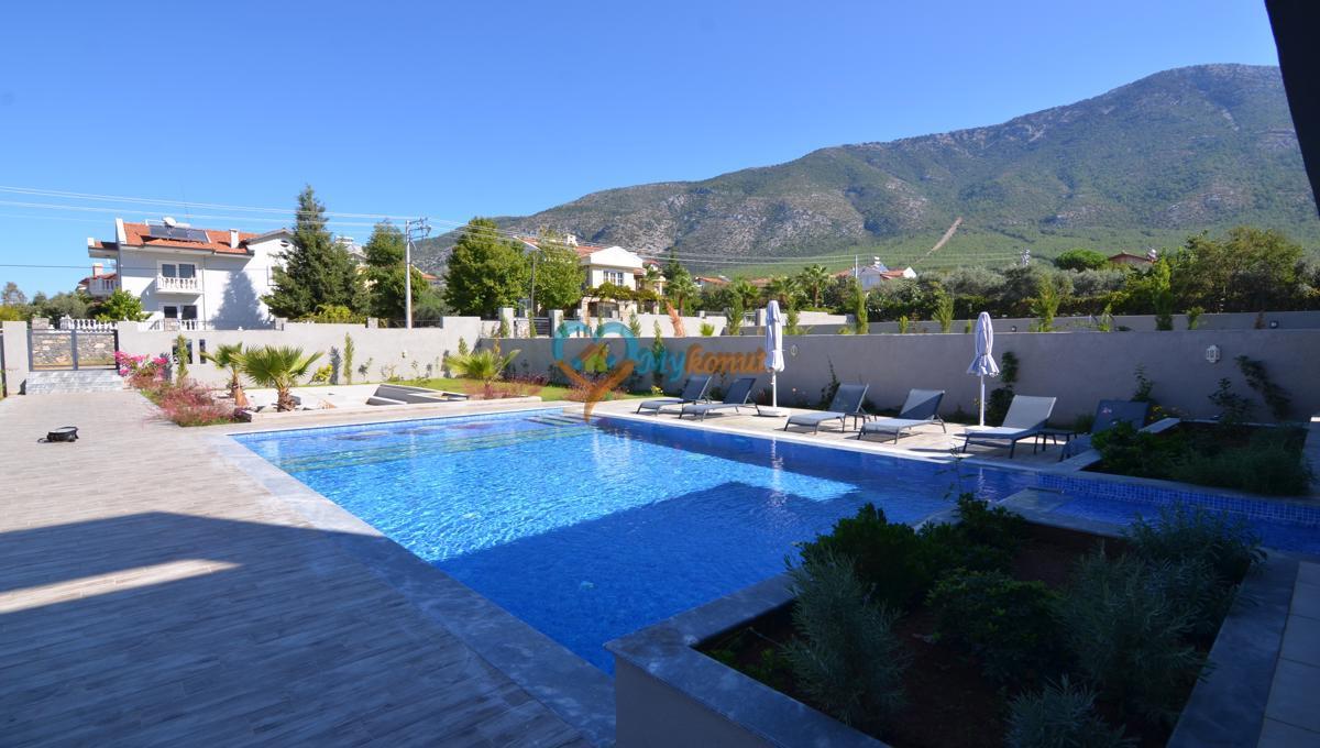 ölüdenizde satılık modern 4+1 villa (15)