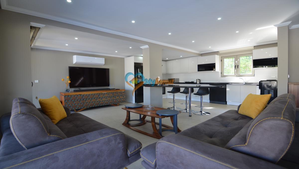ölüdenizde satılık modern 4+1 villa (19)