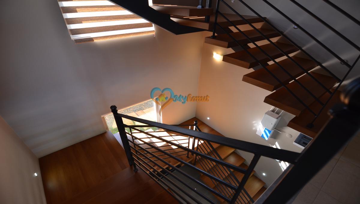 ölüdenizde satılık modern 4+1 villa (26)