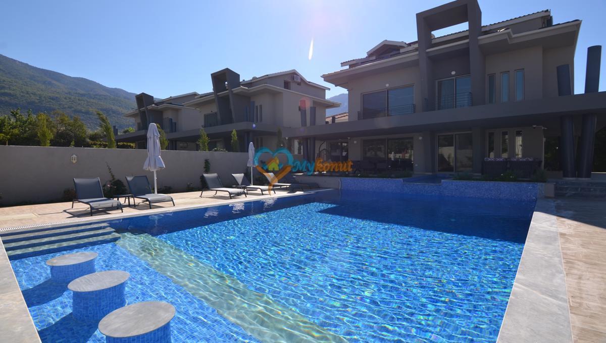 ölüdenizde satılık modern 4+1 villa (8)